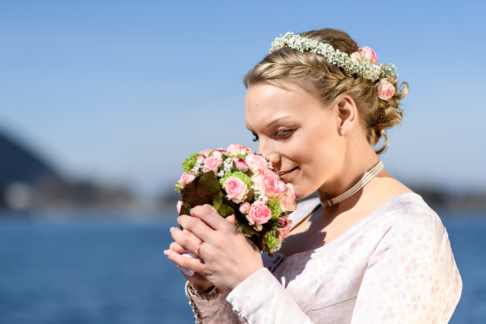 Hochzeit am Schliersee, Braut, Brautstrauß, Frisur