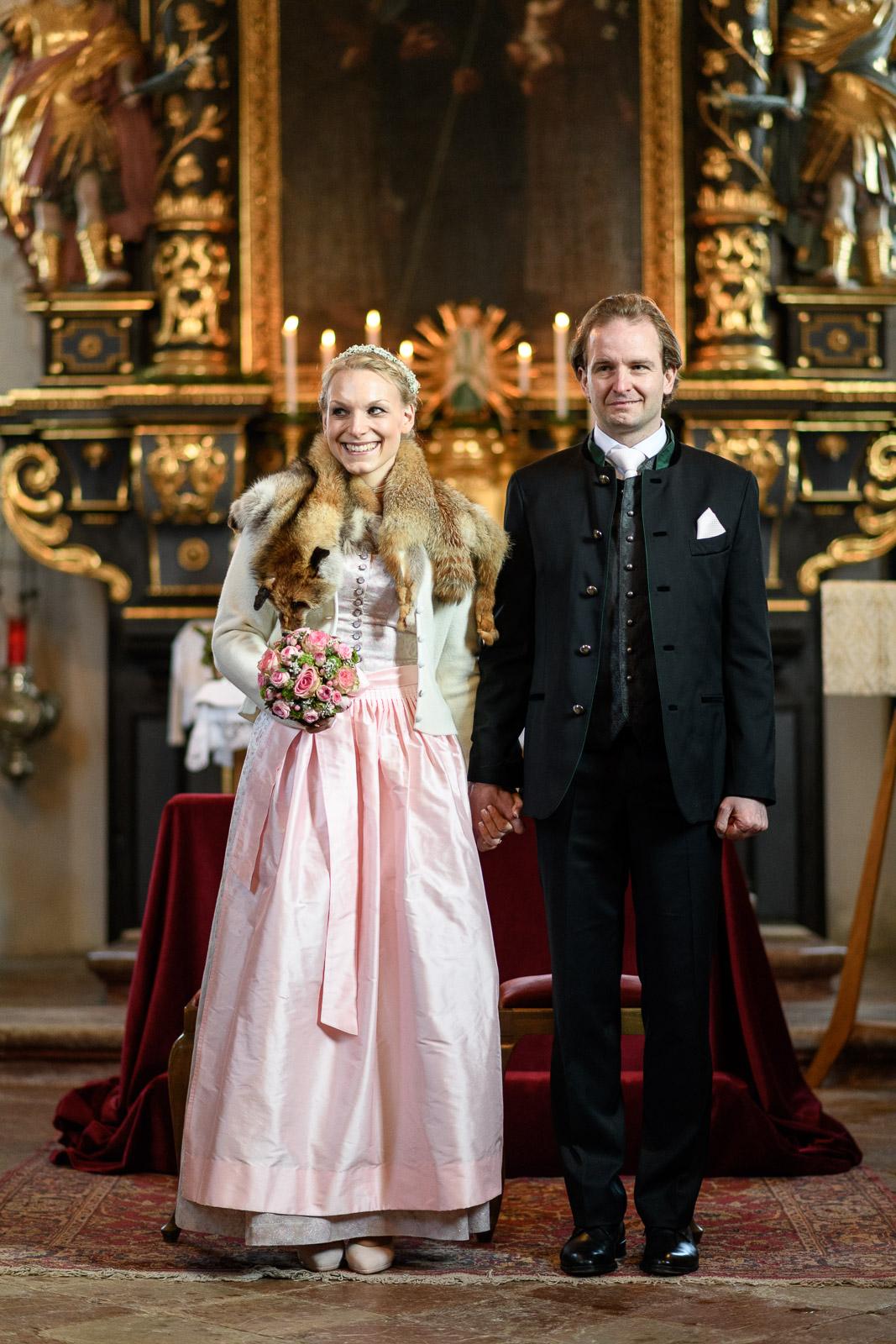 Hochzeit am Schliersee, St. Leonhard, Kirche, Brautpaar